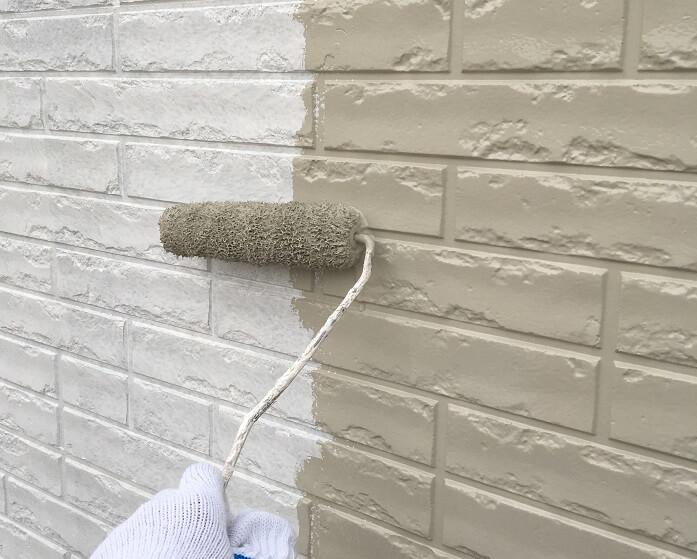 外壁塗装工事においては、洗浄から下地補修、塗装まで、全工程大切