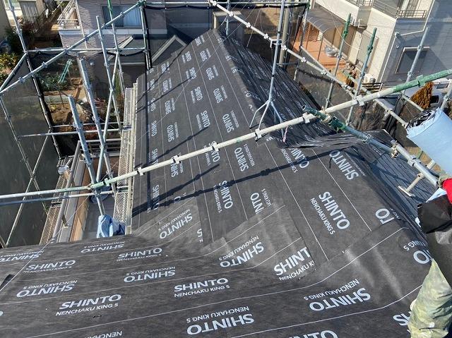 幸手市 屋根カバー工法 防水シート設置完了