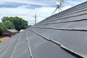 鴻巣市 屋根カバー工事 屋根の欠け